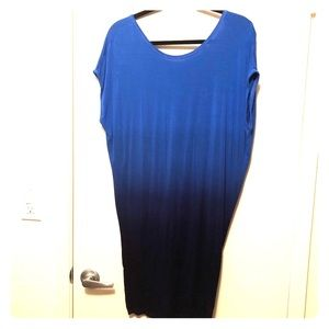 Mini blue dress with open back